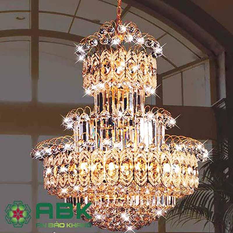 Mẫu đèn chùm trang trí đẹp mang phong cách cổ điển