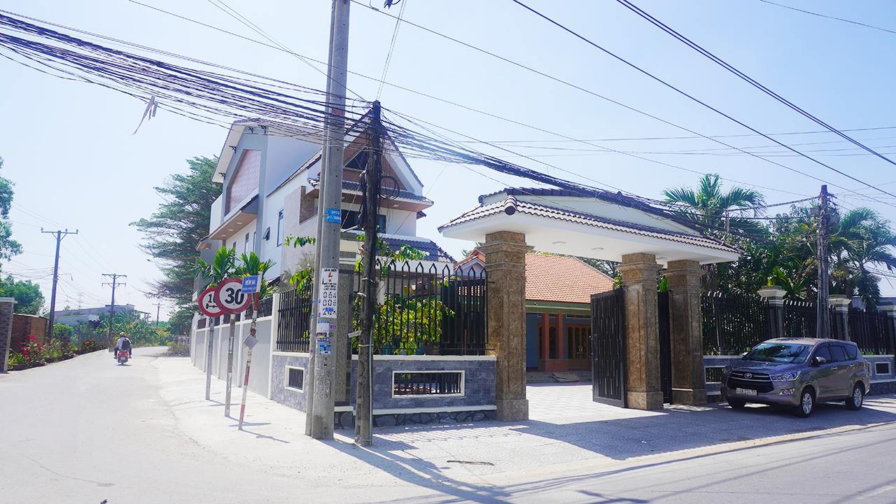 Ghé thăm ngôi nhà biệt thự phố của gia đình Anh Mỹ tại Đồng Nai