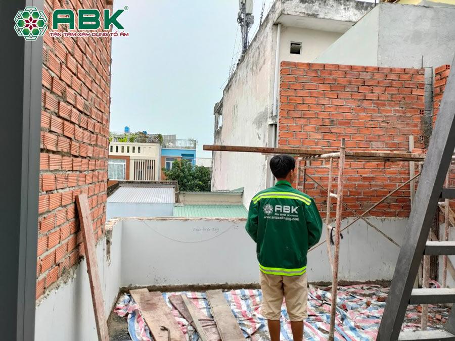 Thi công xây phòng sau tầng 2 nhà anh Hiệp Quận Bình Tân